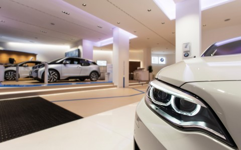 How Dealerships use Lighting to Sell Cars