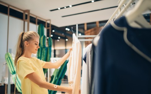 The 5  Biggest Lighting Challenges that Retailers Face