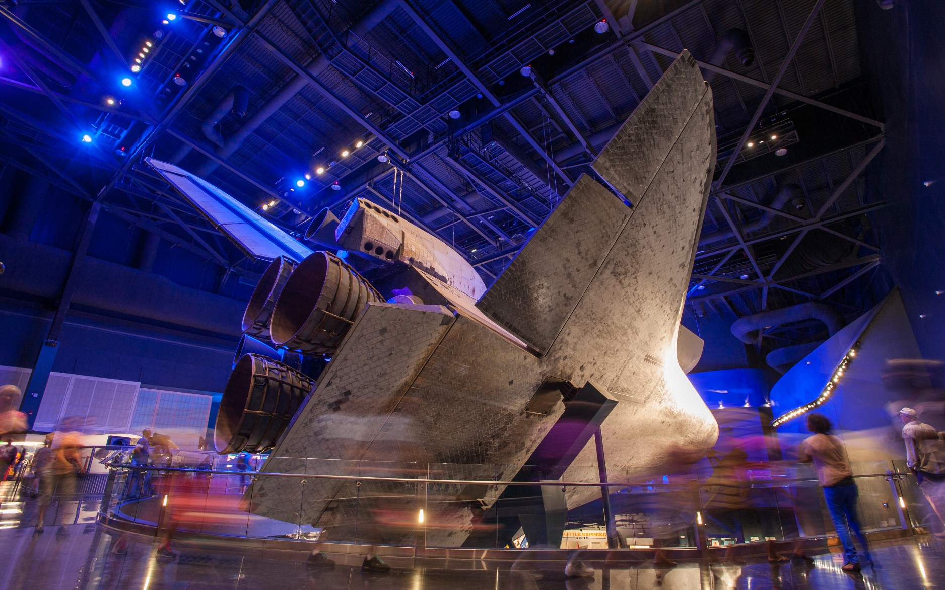 The lighting design heighten's the drama of the shuttle, which is suspended 30 feet in the air and tilted, allowing 360-degree views.