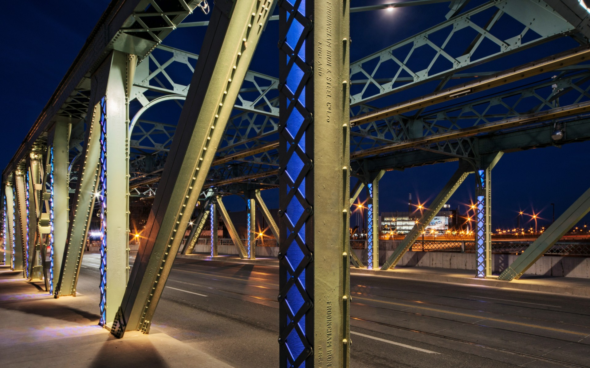 Color was used in a subtle way on the bridge's vertical posts, which colors changing to match events in the city.