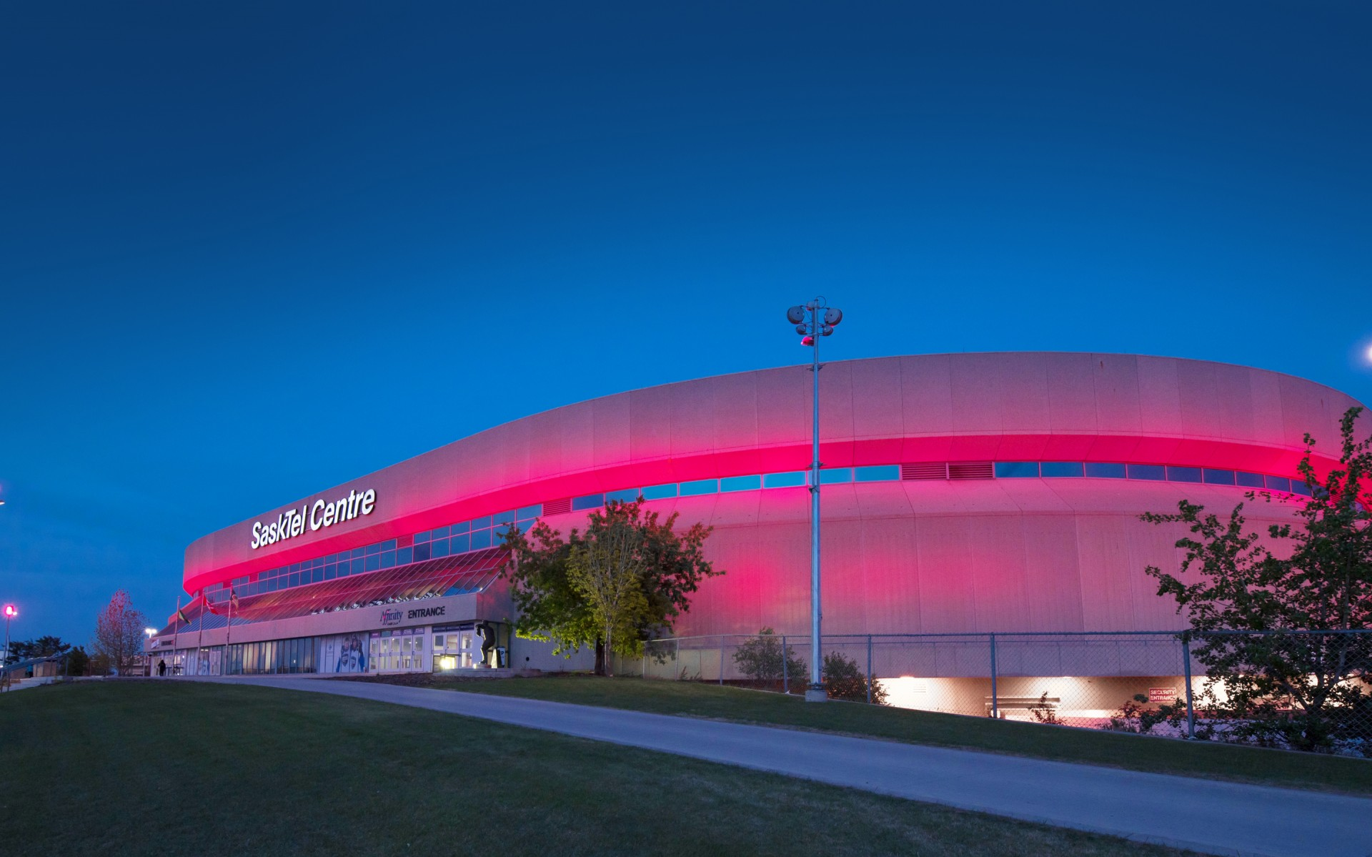 Lumentalk-enabled Lumenbeam Color Changing luminaires were used to floodlight the façade of the building.